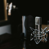 Microphone for automated dialogue replacement (ADR)