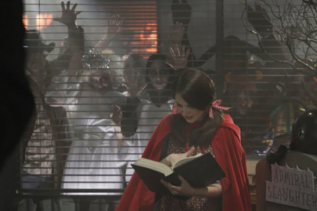 Halloween TV - Community S2E6 Epidemiology - Zombies with Alison Brie