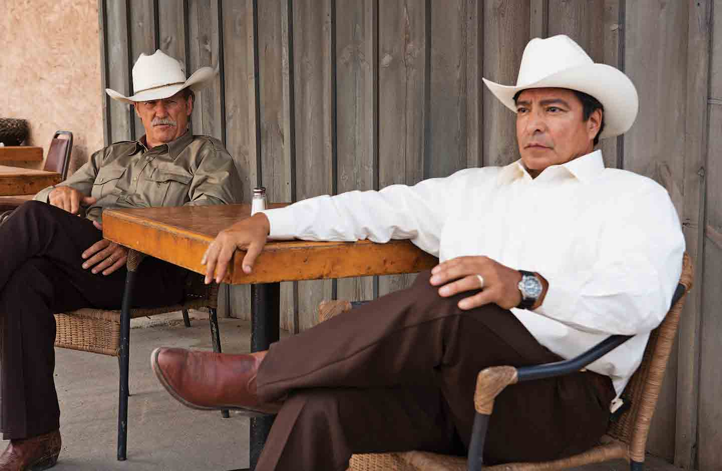Jeff Bridges and Gil Birmingham in Taylor Sheridan's Hell or High Water